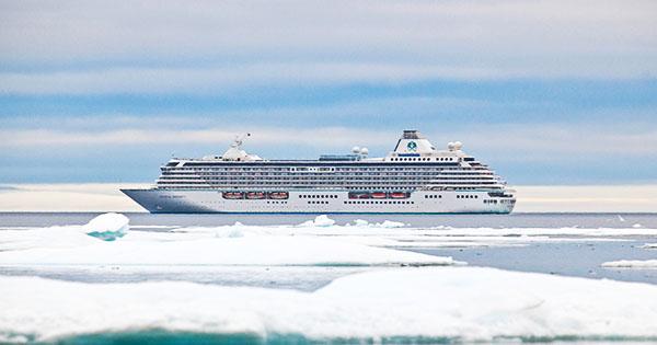 Primer gran crucero por el Paso del Noroeste en el Artico, evidencia del calentamiento global