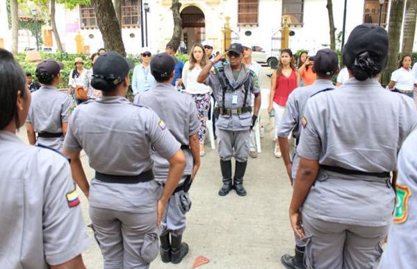 Comercio de artículos de tortuga carey y otras especies intentan controlar en zona turística de Cartagena